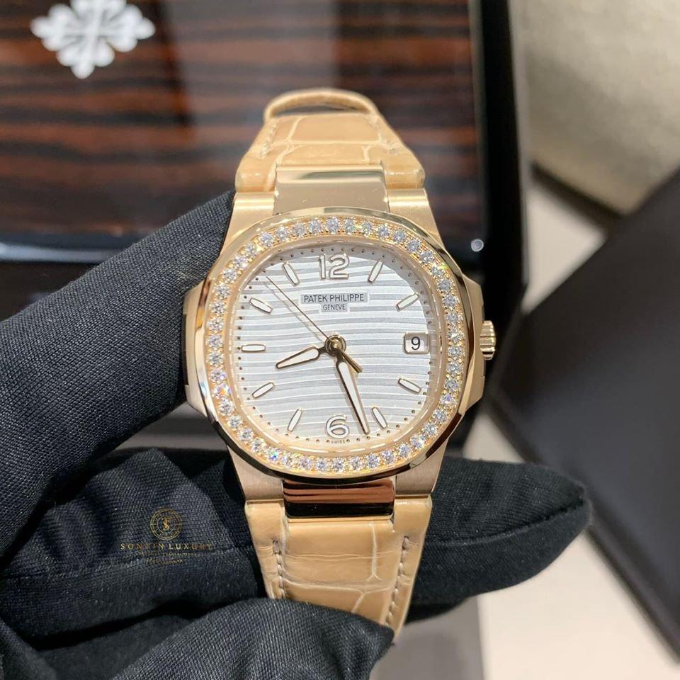 Patek Philippe Nautilus Date 32mm Diamond Rose Gold Ladies Watch 7010R-011