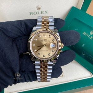 Rolex Datejust 126333 - 41mm Champagne Dial 18K Yellow Gold